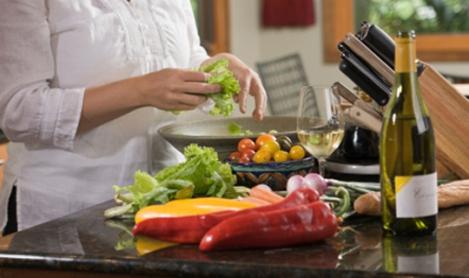131143-healthy_kitchen_cooking W540 100dpi