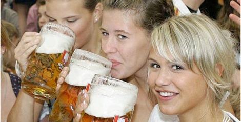 140262-chick-beer 750x380 72dpi