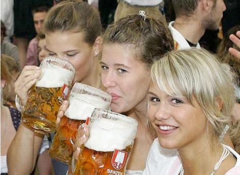 140262-chick-beer W540 100dpi