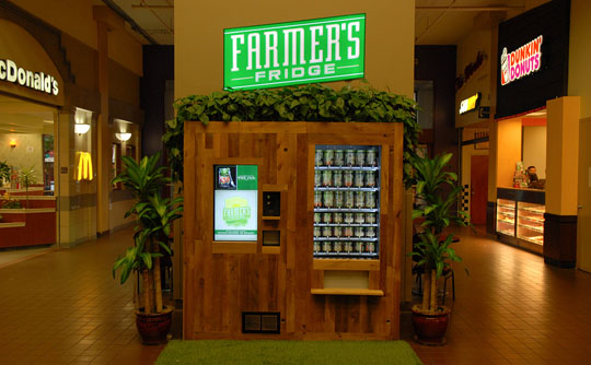 Farmer's Fridge vending kiosk at a food court in a shopping mall in Chicago/USA