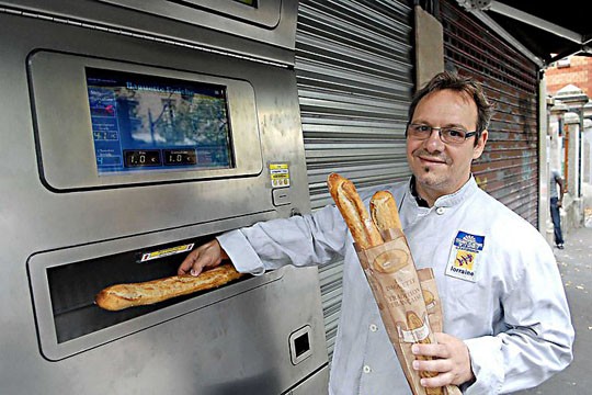 Baguette vending machine in Paris/France