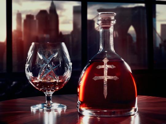 150390-DUSSE-Cognac W540 100dpi