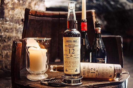 150438-Bottle-on-barrel-W540 100dpi