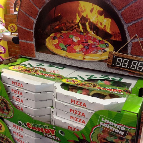 150458-Look-O-Look-Candy-pizza-to-provide-international-sales-topping-W540 100dpi